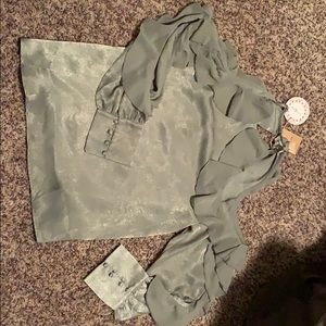 Sea foam green cold shoulder shirt size medium NWT